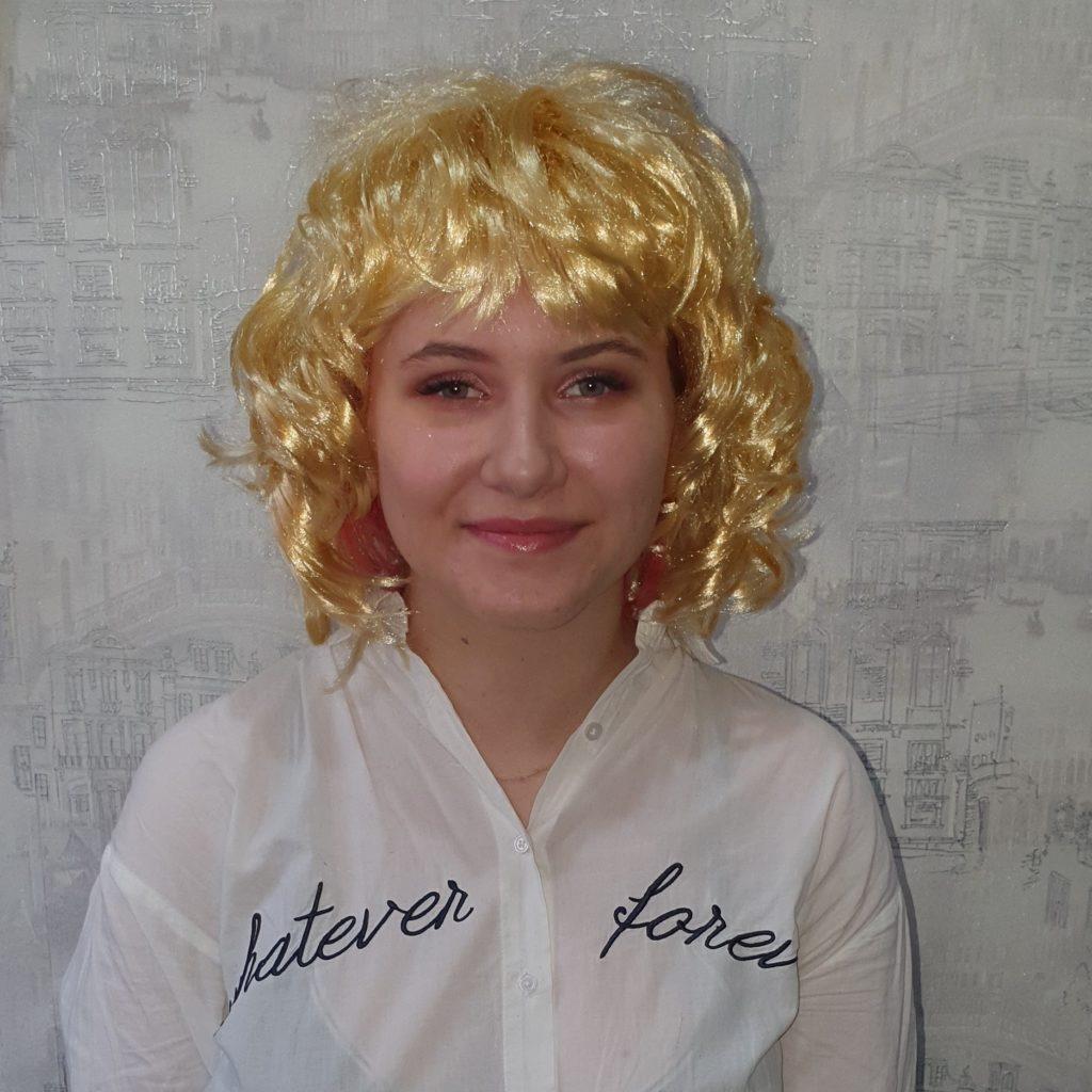 Парик блонд, волосы по плечо